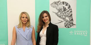 Amber-Lauren Ballantyne poses for a photo with Lydia Bright and her winning design