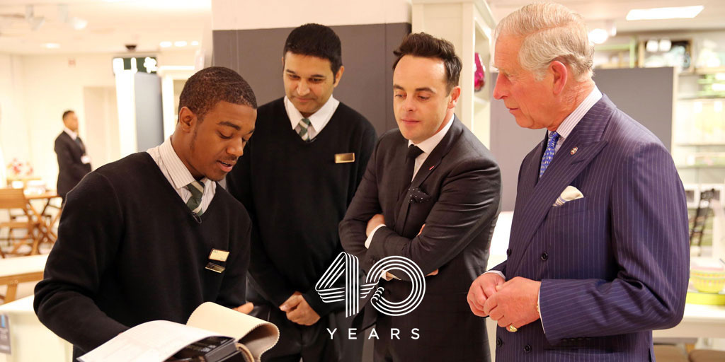 HRH meets young people on a make your mark programme
