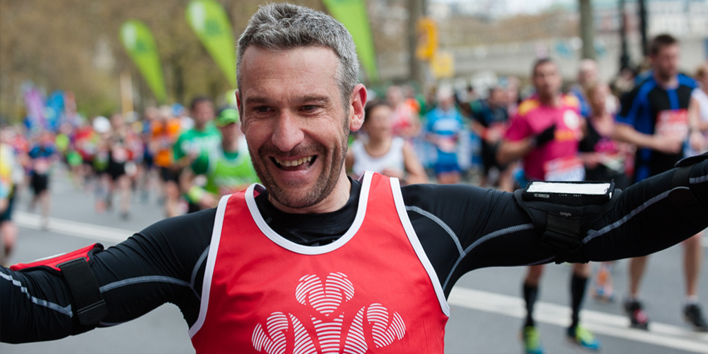 London Marathon runner celebrates in style